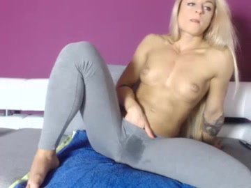 Squirting_lea squirting_lea
