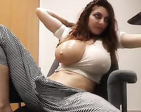 2019bigboobs Captured From BongaCams On 2020 12 29_22 39 16 (Caucasian 30s Brunette Shaved bigtits bigboobs natural)