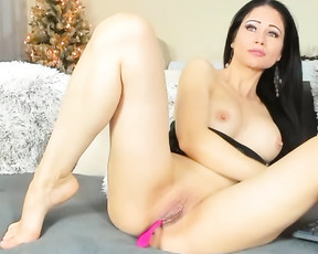 TiaRussel Captured From Stripchat On 2020 12 30_17 25 08 (averagetits averageass Caucasian milf interactivetoy bigtits 30s Shaved natural)