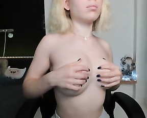 SweetCobra Captured From Stripchat On 2021 01 26_18 19 55 (Caucasian 20s Brunette Shaved squirt daddy cum fingerass)